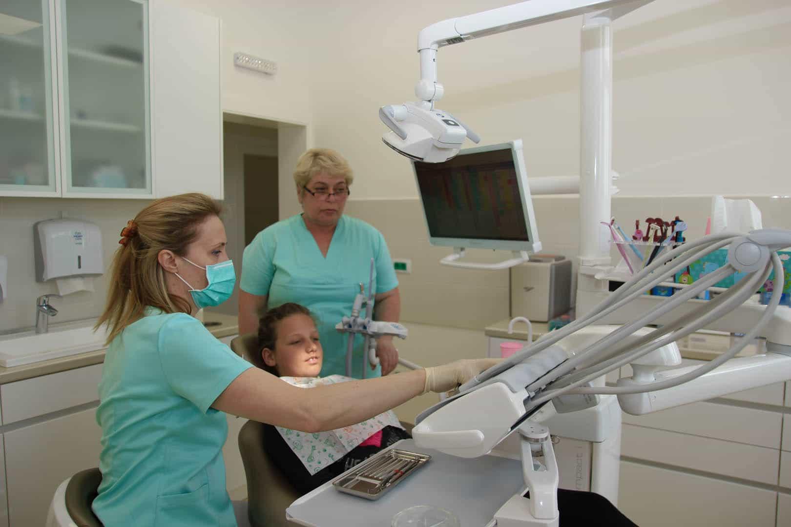 Popravka zuba djetetu