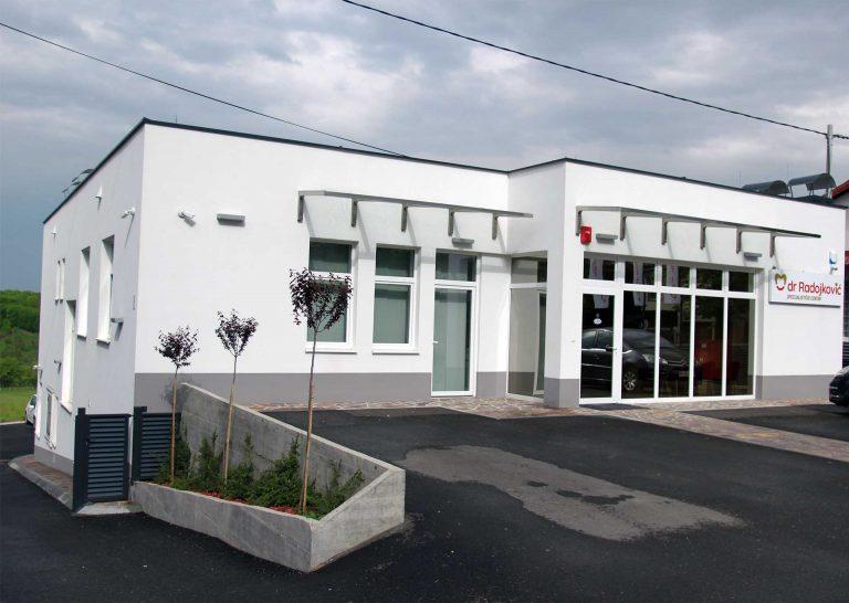 Zgrada u kojoj se nalazi specijalistički centar Radojković